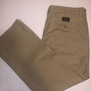 Banana Republic,  Chino Pant, SIZE 33 x 34, NEW